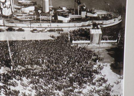 Llegada de los restos mortales de Blasco Ibáñez al puerto de Valencia. 1933 / Foto: Homocultum