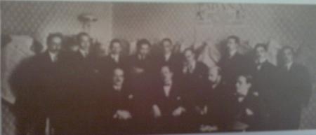 Parte de la Redacción de la revista España (1915) Ortega, Azorín, Baroja, Pérez de Ayala, Zulueta, Penagos, Bagaría, Pittaluga...